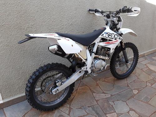 moto trilha ajp pr4 200cc ano 2012