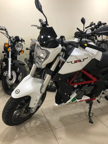 moto usada benelli tnt 25 tnt25 2020 3500 kms urquiza motos
