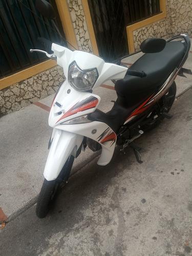 moto yamaha 2017