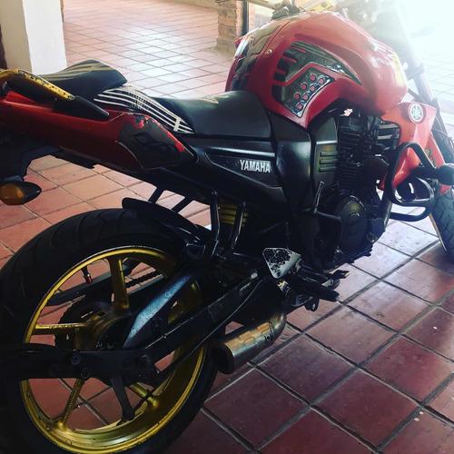 moto yamaha fz 16
