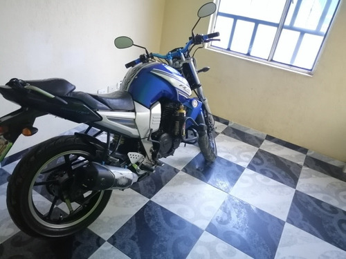 moto yamaha fz