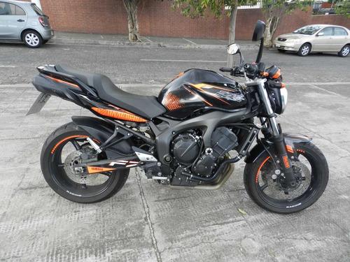 moto yamaha fz6 600