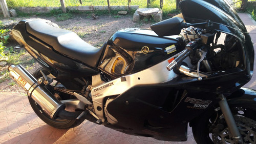 moto yamaha fzr 1000