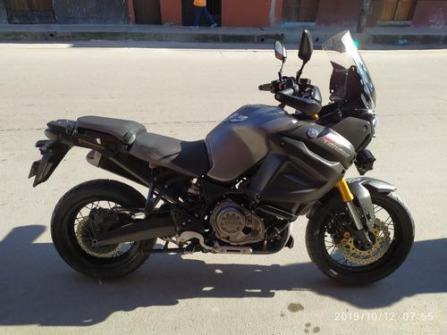 moto yamaha modelo super tenere motor 1200, con 27000 km de