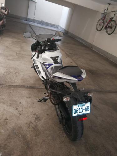 moto yamaha r15 - 14,450km - año modelo 2014