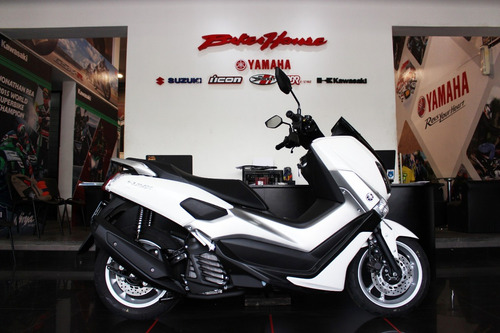 moto yamaha scooter