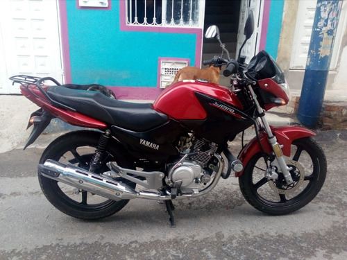 moto yamaha ybr 125 roja, 2016