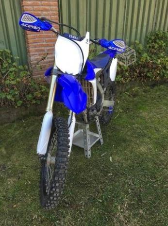 moto yamaha yzf450 azul