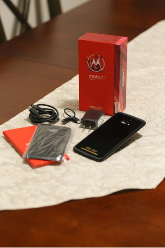 moto z2 force 64gb caja y accesorios originales+mod bateria