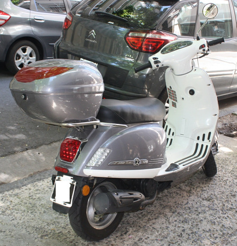moto zanella styler 125 exclusive