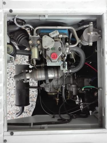 motocarro carga diésel con furgón en aluminio