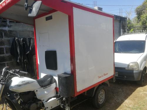 motocarro carguero akt 200 con furgón