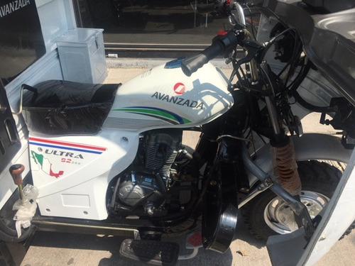 motocarro pick up  $45,999.00  y  con cabina.  $49,999.00