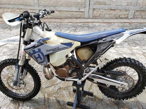 motocicleta enduro husqvarna fe 300 en excelentes condicione