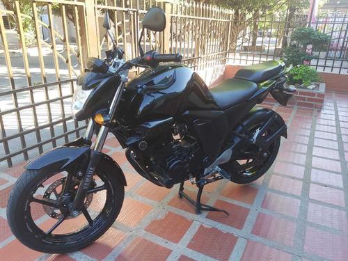 motocicleta fz 2.0 fi