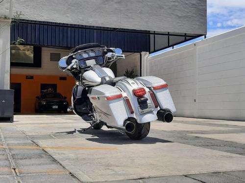 motocicleta harley davidson 2015 flhxse cvo street glide