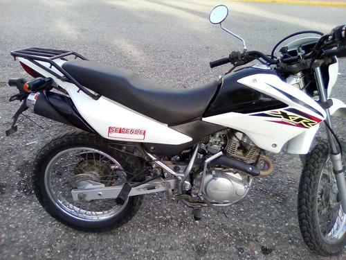 motocicleta honda 125