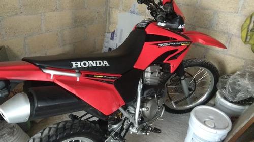 motocicleta honda 250 tornado, no yamaha, kawazaki, suzuki