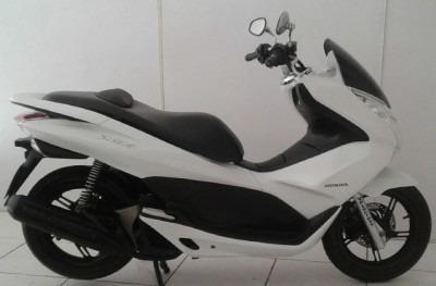 motocicleta honda pcx 150 2014 branca