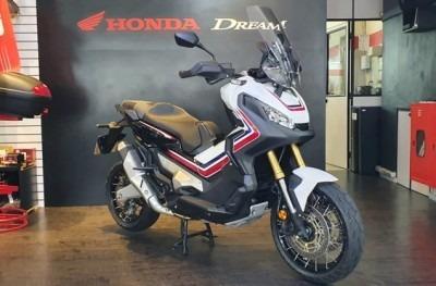 motocicleta honda x-adv 2017 branca