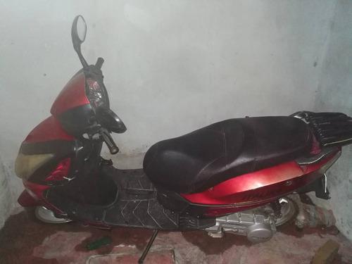 motocicleta italika 150