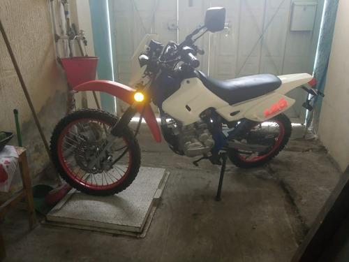 motocicleta italika dm 125