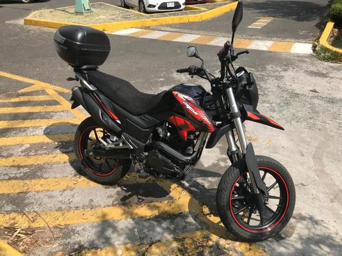 motocicleta italika dm 250