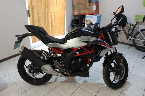 motocicleta kawasaki z