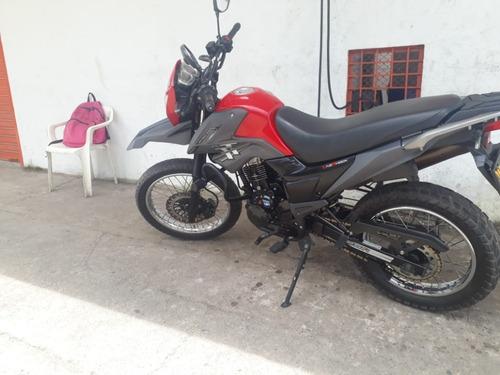motocicleta marca  tt mod 2019,excelente estado. 14.249 kmt.