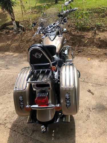 motocicleta pandillera kawasaki vulcan nomad