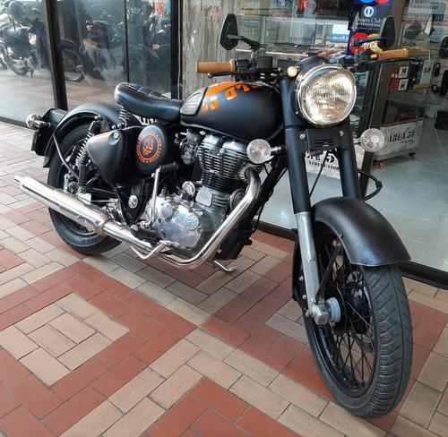 motocicleta royal enfield bullet