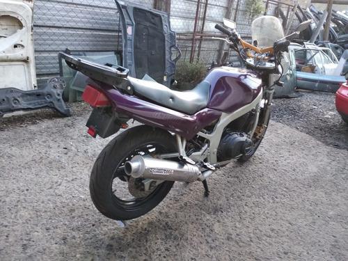 motocicleta sucata suzuki gs 500 somente p/retirada de peças
