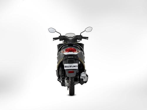 motocicleta suzuki burgman 125 street