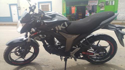 motocicleta suzuki gixxer