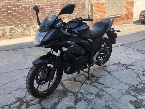 motocicleta suzuky gsx 150 frza 2019