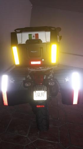motocicleta triumph tiger explore 2014
