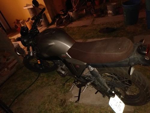 motocicleta vento rocketman 250cc 2019
