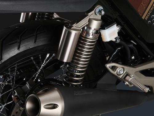 motocicleta vento rocketman sport 250