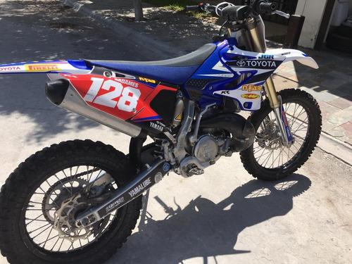 motocicleta yamaha cross contry 2017