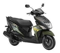 motocicleta yamaha scooter ray zr 2020
