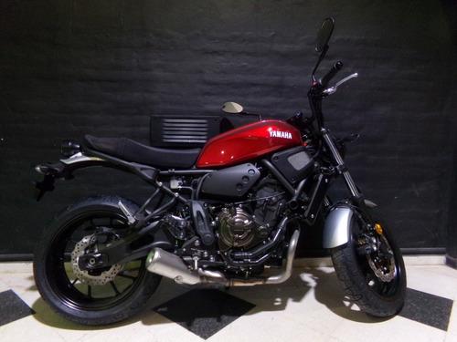 motocicleta yamaha xsr 700 2017 0km bordo