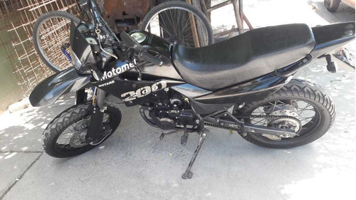 motomel motard 200