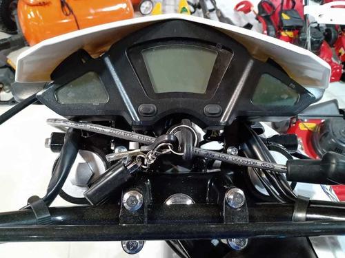 motomel skua 250 pro - division ruedas