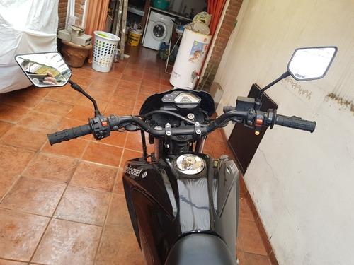 motomel  skua 250cc