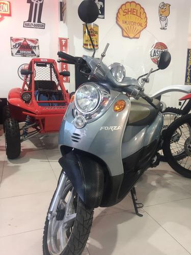 motomel vx150 forza año 2011 c/2000 km pro seven!!