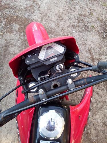 motomel xplora 250cc.