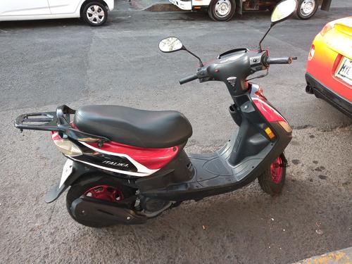 motoneta italika con documentos en regla $10000