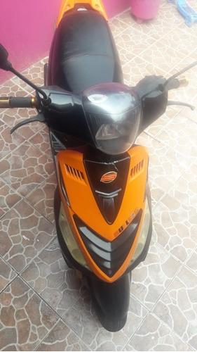 motoneta, scooter,  islo bull 2016, 125 cc.