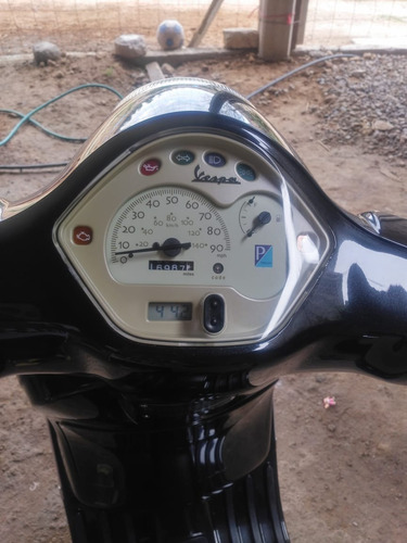 motoneta vespa lx 150