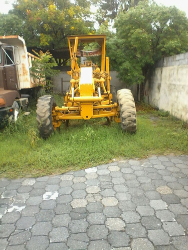 motoniveladora  caterpillar 140g 1982